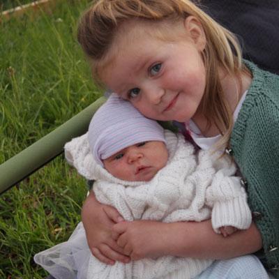 new-sisters-newborn-baby-spilt-milk-doula